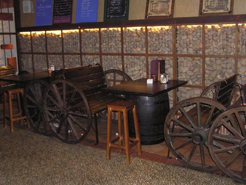 Barricas toneles rustico accesorios barricas - Decoracion de restaurantes rusticos ...